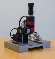 Metallurgical Traveller Microscope TM1